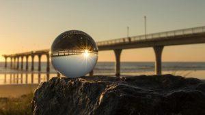 メガネレンズ 球面と非球面の違い